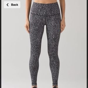 Lululemon black and white speckled pants